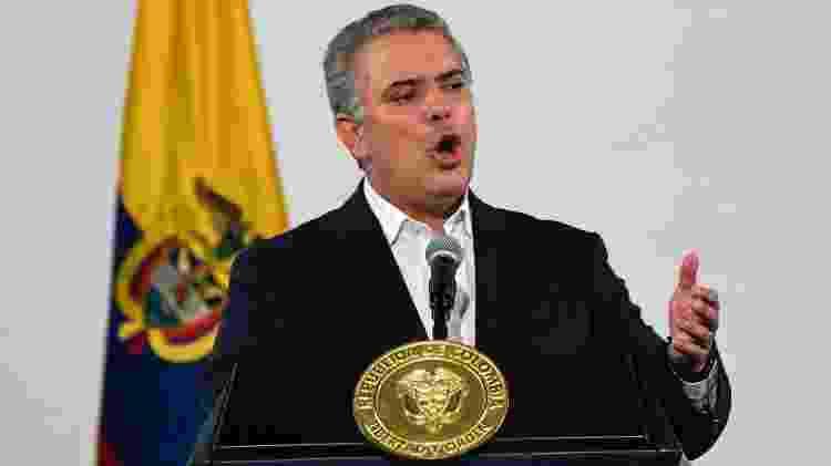 Iván Duque queria aprovar um projeto de reforma tributária que pesaria mais no bolso das classes média e baixa - Juan Barreto/AFP - Juan Barreto/AFP