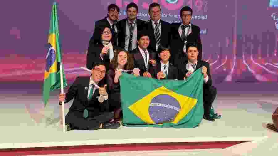 Delegação brasileira na 16ª Olimpíada Internacional Júnior de Ciências, no Catar - Divulgação