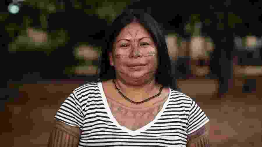 """Alessandra Munduruku diz que entrou na faculdade de direito para estudar """"a lei que os brancos criam, mas que nem mesmo eles respeitam"""" - Isadora Brant/BBC"""