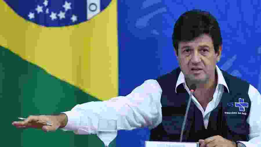 O ministro da Saúde, Luiz Henrique Mandetta, durante entrevista coletiva sobre as medidas do governo para o combate do novo coronavírus no Brasil - EDU ANDRADE/FATOPRESS/ESTADÃO CONTEÚDO