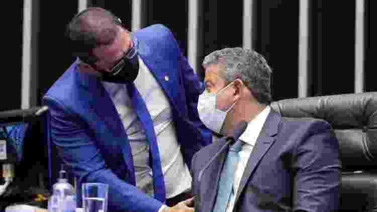 Marcelo Ramos conversa com Arthur Lira; presidente da Câmara tem bloqueado pedidos de impeachment - Agência Câmara - Agência Câmara