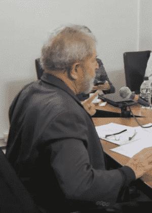 O ex-presidente Luiz Inácio Lula da Silva em entrevista a blogueiros - Reprodução