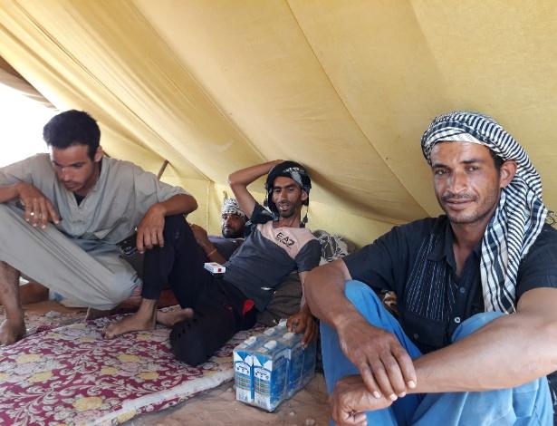 Manifestantes da cidade de Remada acampam em El Kamour, na Tunísia
