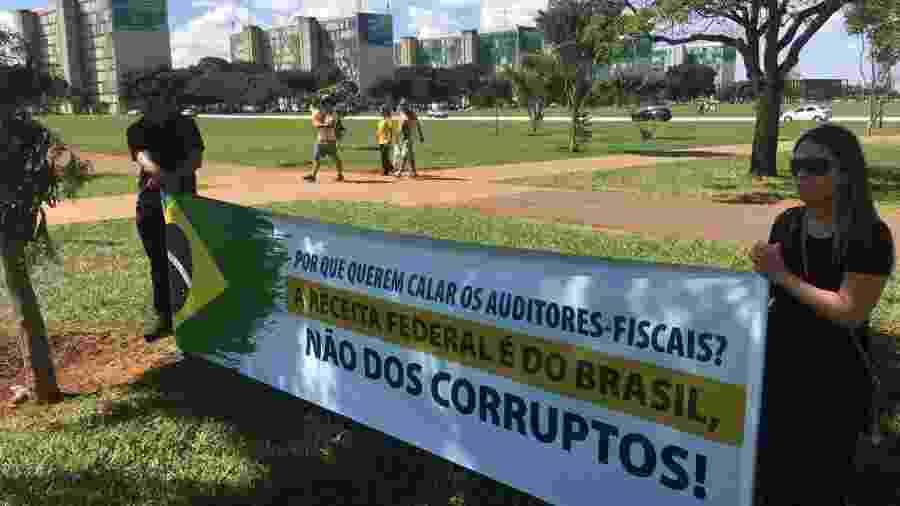 Manifestação de auditores-fiscais contra corrupção em Brasília - Hanrrikson de Andrade/UOL