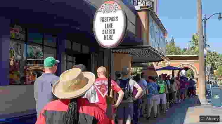 O esquema de passes para furar fila costumava ser prerrogativa de parques de diversão, mas o conceito está muito mais difundido agora - Alamy - Alamy