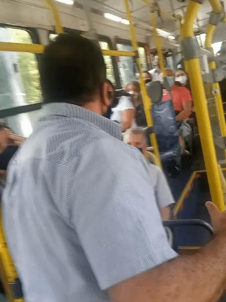 Motorista foi filmado por passageiro durante confusão em ônibus em São Paulo - Reprodução/Redes Sociais