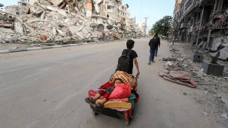 """Hady Amr é enviado dos EUA à região; ele exorta ambos os lados a """"trabalharem para uma paz sustentável"""" - Reuters"""