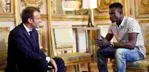 Emmanuel Macron convidou Mamoudou Gassama ao Palácio do Eliseu - AFP/Getty Image - AFP/Getty Image