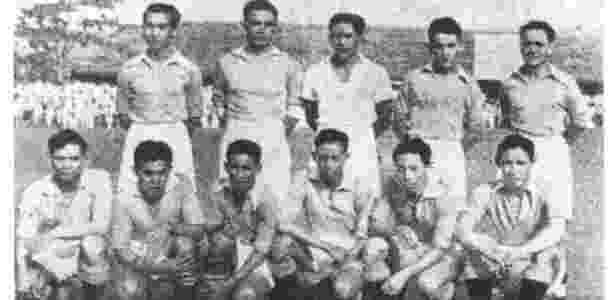 Seleção das Índias Orientais Holandesas, hoje Indonésia, que jogou a Copa de 1938 - Reprodução/III Fussballweltmeisterschaft 1938 Frankreich via Soccer Nostalgia - Reprodução/III Fussballweltmeisterschaft 1938 Frankreich via Soccer Nostalgia