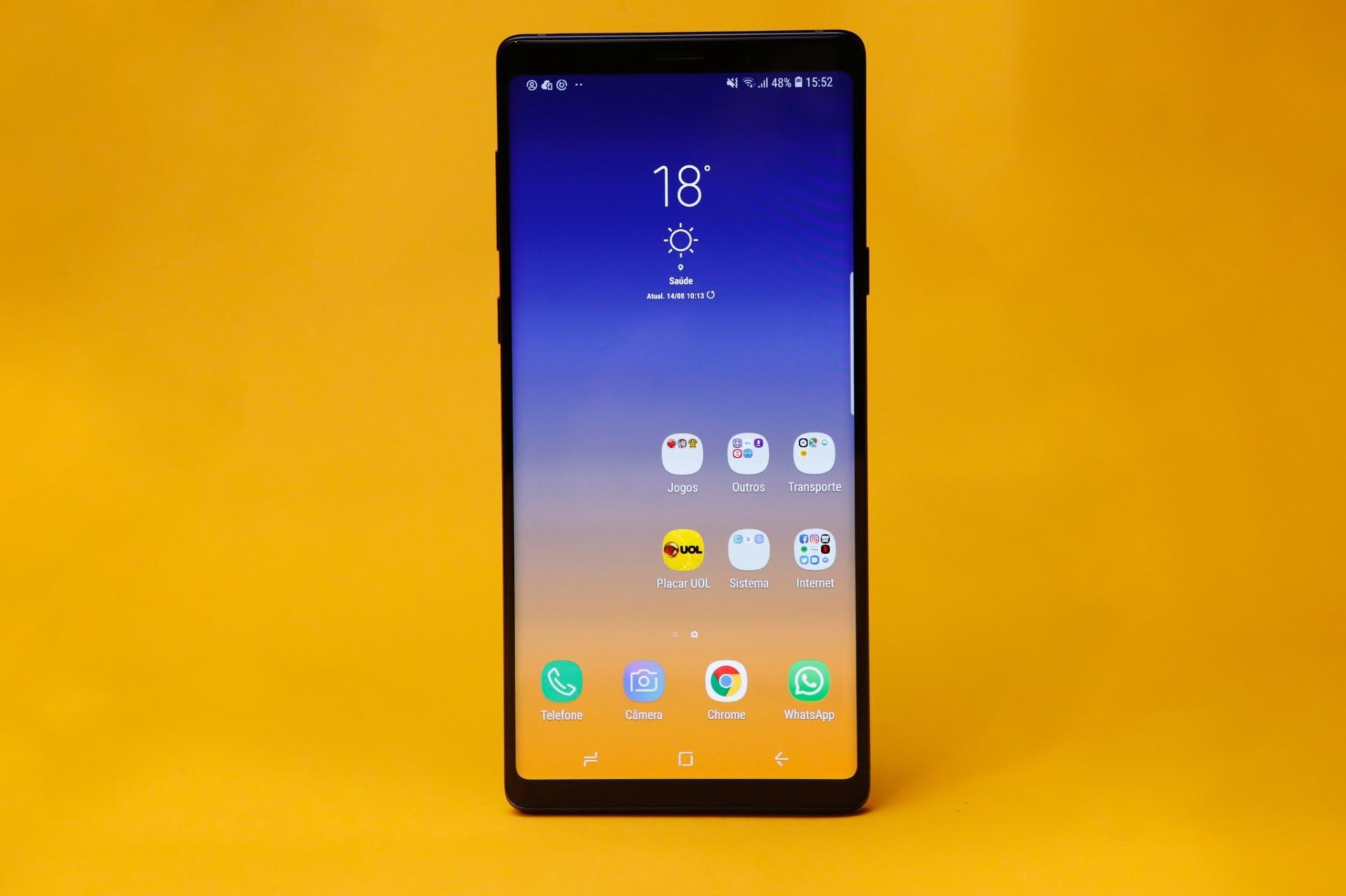a8322d754 Poder (caro) em suas mãos  Note 9 chega ao Brasil por a partir de R  5.499  - 30 08 2018 - UOL Tecnologia