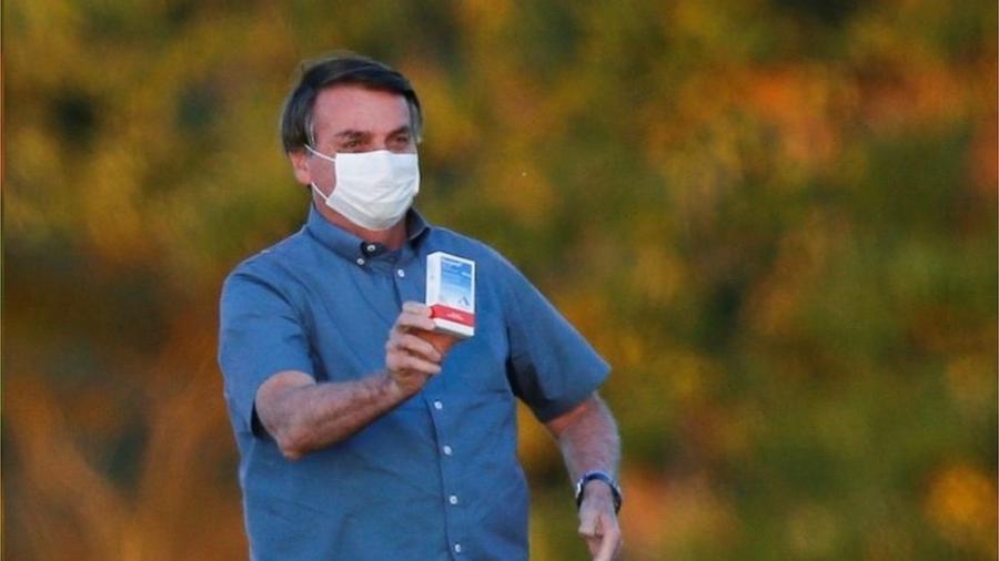 Bolsonaro defendeu uso da cloroquina, da ivermectina e o chamado tratamento precoce contra a covid, todos ineficazes ou sem eficácia comprovada para o tratamento da covid-19 - Reuters