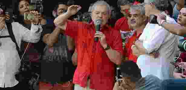 """Lula discursa em 'inauguração popular"""" da transposição do rio São Francisco - Beto Macário/UOL"""