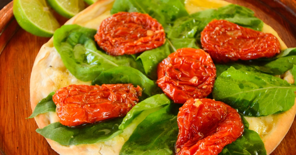 Esfiha de rúcula com tomate seco da Kalik Ligue-Esfiha