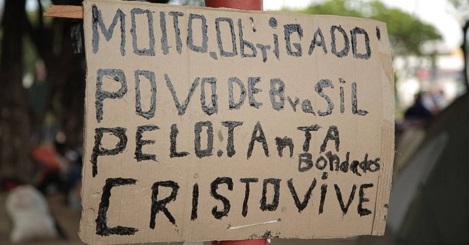 Placa na Praça Simón Bolívar, em Boa Vista, agradece brasileiros por ajuda aos venezuelanos