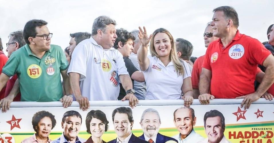 6.out.2018 - A primeira-dama do governo do Piauí, Rejane Dias (PT), conquistou um novo mandato como deputada federal. Ela foi a mais votada no seu estado, com 138 mil votos