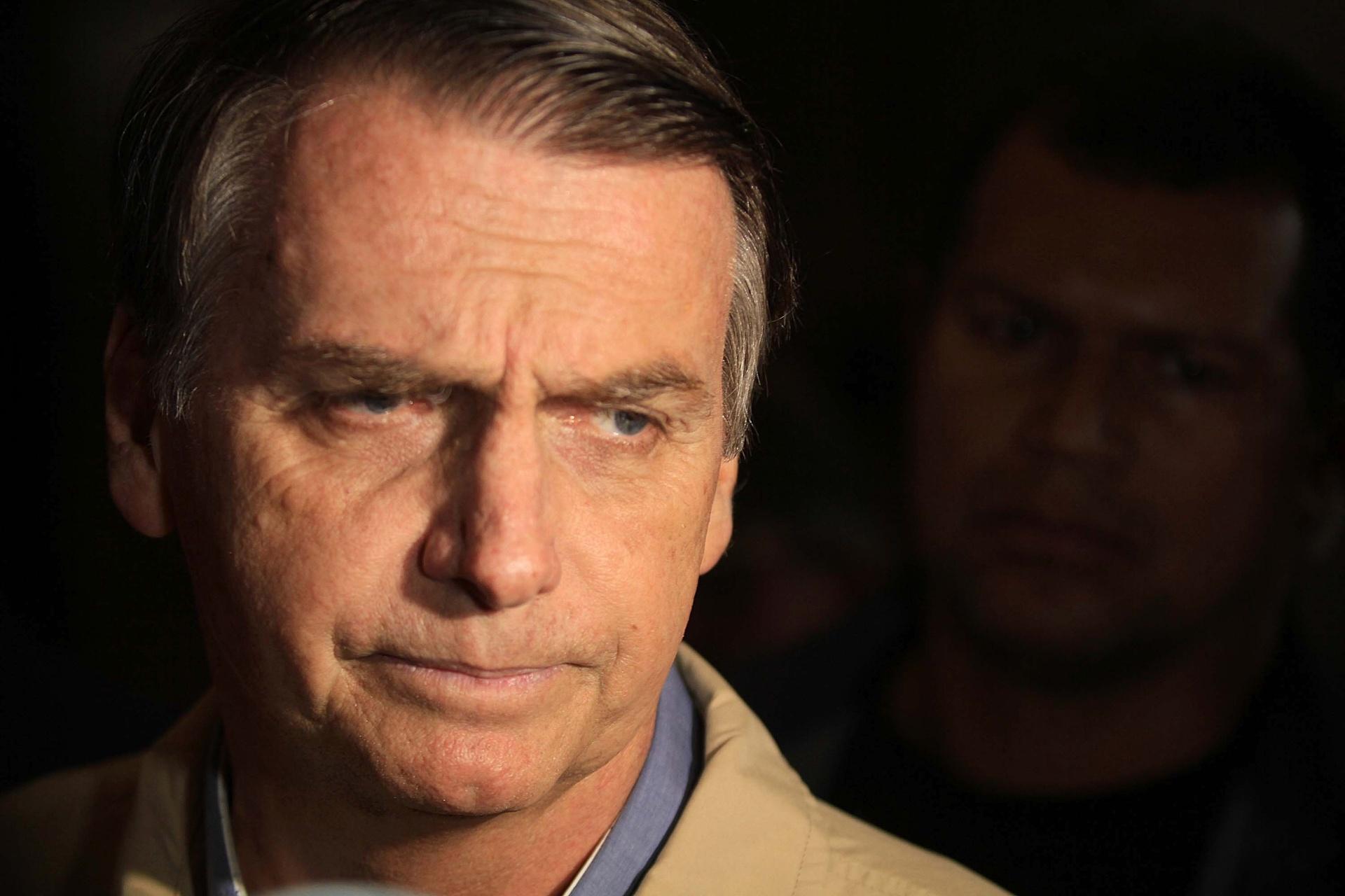 """New York Times faz editorial sobre """"escolha triste do Brasil"""" por ..."""