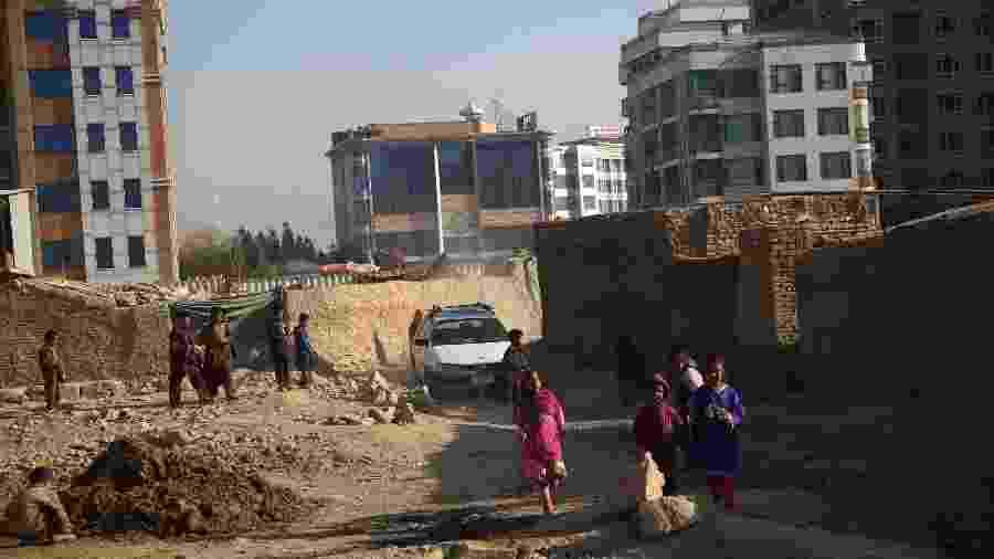 20.nov.2018 -- Crianças moradoras de Cabul, no Afeganistão - Rahmat Alizadah/Xinhua