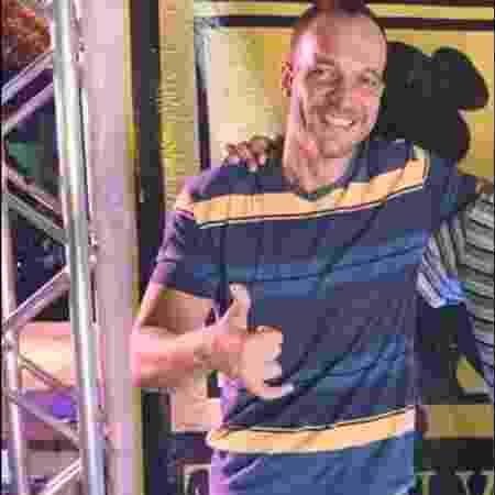 O motorista de aplicativo Fernando de Souza Gomes da Silva, que morreu após seu carro ser atingido por um bloco de concreto no Rio - Reprodução/Facebook