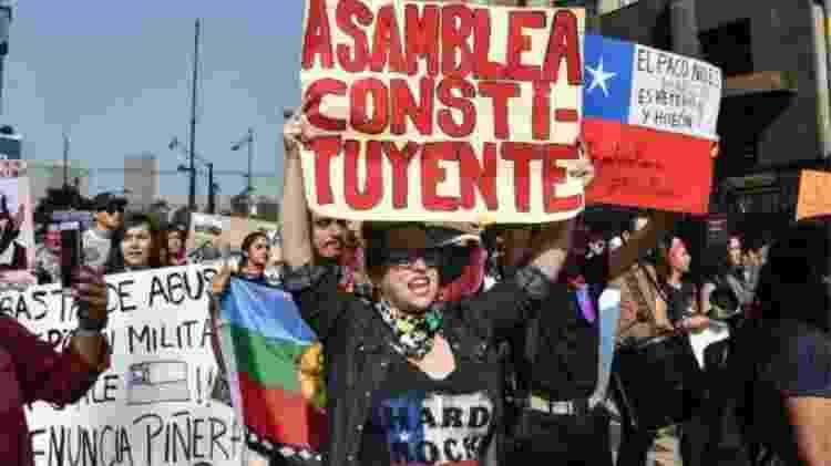 População do Chile foi às ruas para exigir reformas sociais - AFP/GETTY IMAGES