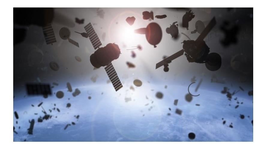 Aumenta preocupação entre especialistas sobre riscos causados por crescente lixo no espaço - Getty Images