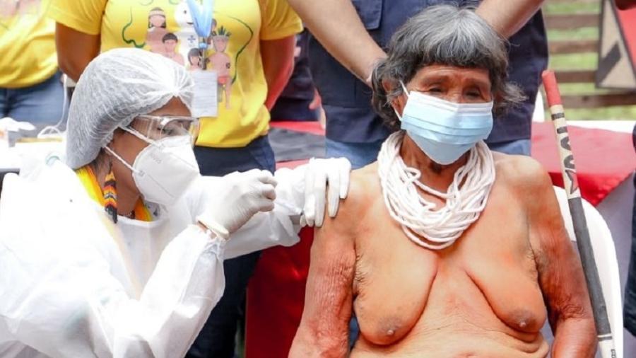 Ronoré Gavião, de 105 anos, primeira indígena vacinada no Pará - Bruno Cecim/Ag. Pará