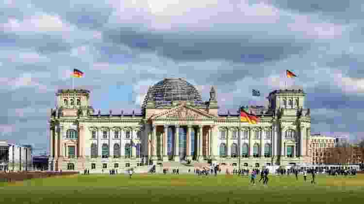 Alemães vão às urnas para eleger os novos membros do Bundestag, o parlamento do país - fhm/Getty Images - fhm/Getty Images