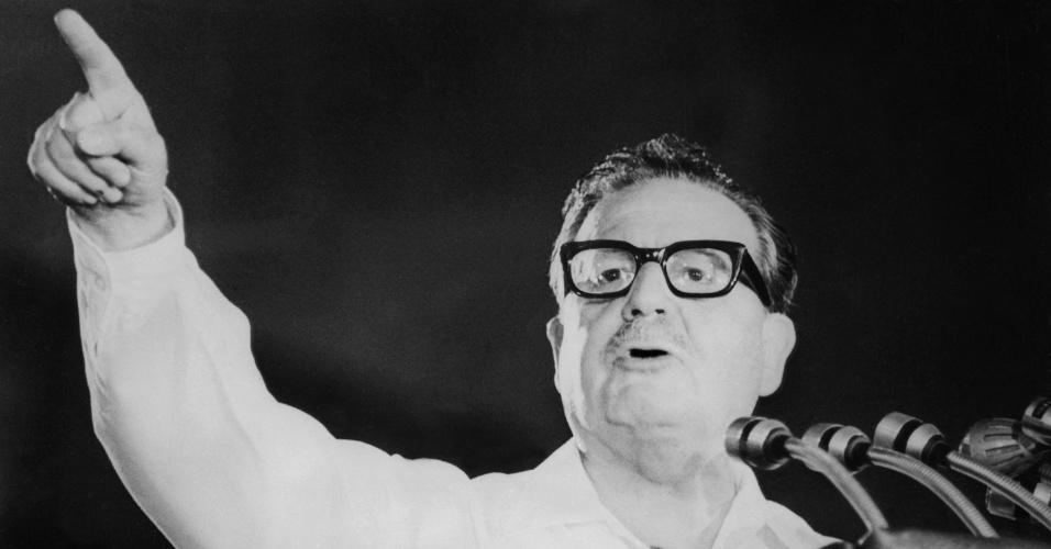 Salvador Allende - O ex-presidente do Chile morreu em 11 de setembro de 1973.