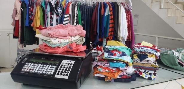 ec069aa02e Casal fatura R$ 2,67 milhões vendendo roupa infantil por R$ 210 o quilo -  28/04/2016 - UOL Economia
