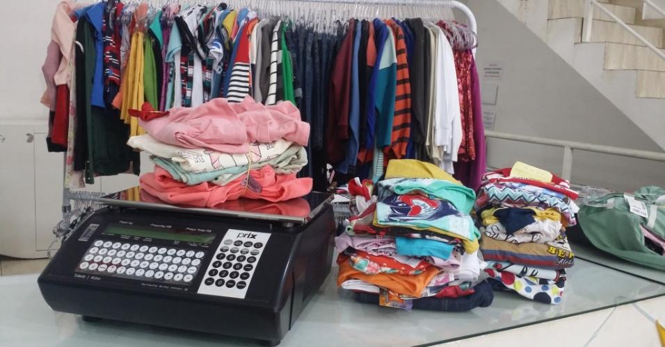 Balança usada pela KG Moda Infantil por Kilo que vende roupa por quilo