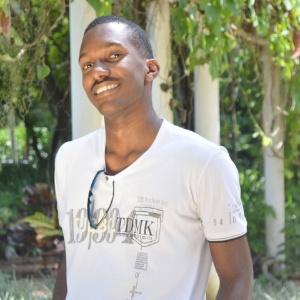 O estudante Lucas Bernardo, de 19 anos, conseguiu vaga de gradução em duas universidades dos EUA - Arquivo Pessoal/Facebook