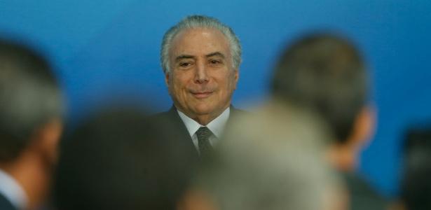 De acordo com o governo, os reajustes decorrem de acordos salariais assinados até maio e estavam previstos para entrar em vigor a partir de agosto, mas o aumento foi adiado para 2017 para garantir o cumprimento da meta fiscal - Pedro Ladeira/Folhapress