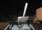 Após acidente, motorista dirige por 25 km com placa de trânsito grudada no teto do carro - SOUTH HACKENSACK POLICE DEPARTAMENT