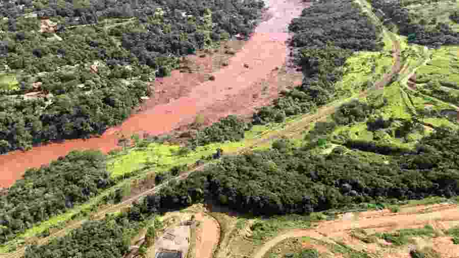 26.jan.2019 - Imagens aéreas mostram a devastação da região de Brumadinho (MG) após queda de barragem da mineradora Vale - Corpo de Bombeiros de Minas Gerais