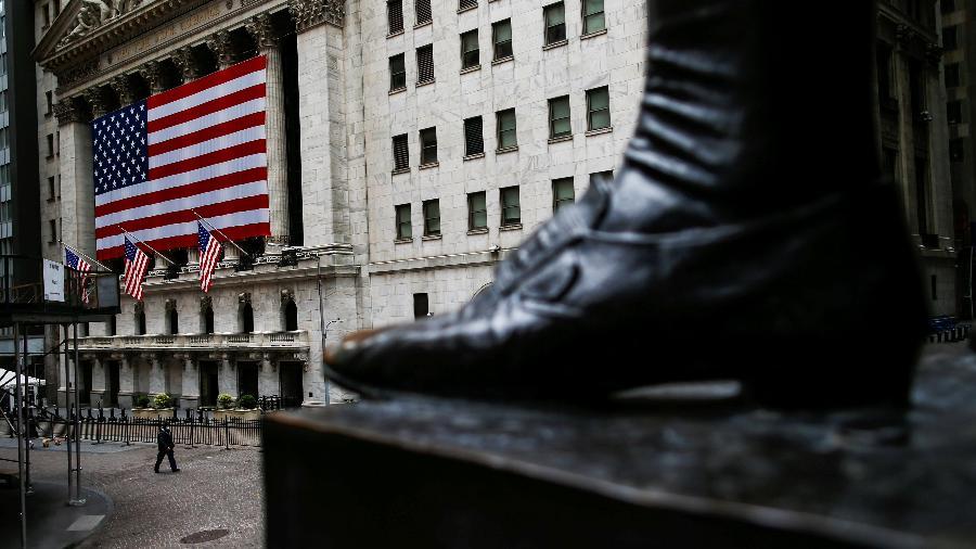 Fachada da bolsa de valores de Nova York, EUA - EDUARDO MUNOZ