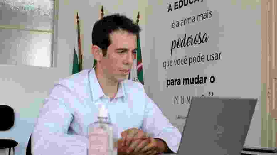 Na secretaria de Educação do Paraná, Renato Feder tem investido em programa de aulas não presenciais durante a pandemia - Agência Estadual de Notícias Paraná