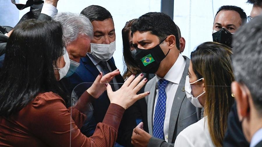 """21.set.2021 - Simone Tebet (MDB-MS) e Wagner Rosário discutem; antes, ministro chamou senadora de """"descontrolada"""" - Roque de Sá/Agência Senado"""