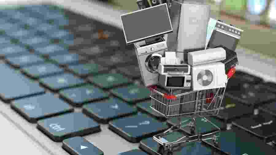 Quer comprar celular, e-book, computador ou outro eletrônico? As ofertas da Black Friday podem ajudar - Getty Images