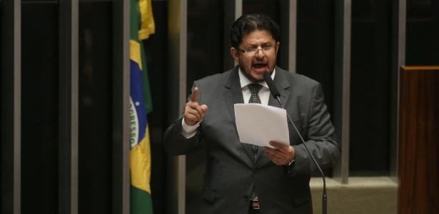 """Fábio Ramalho (PMDB-MG): """"Defendo a Lava Jato, mas tem de ter prazo de término. O Brasil não vai aguentar isso o resto da vida."""""""