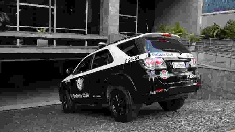 Operação Peregrino conta com a participação de 30 policiais civis e 14 viaturas - Eduardo Ferreira/Futura Press/Folhapress
