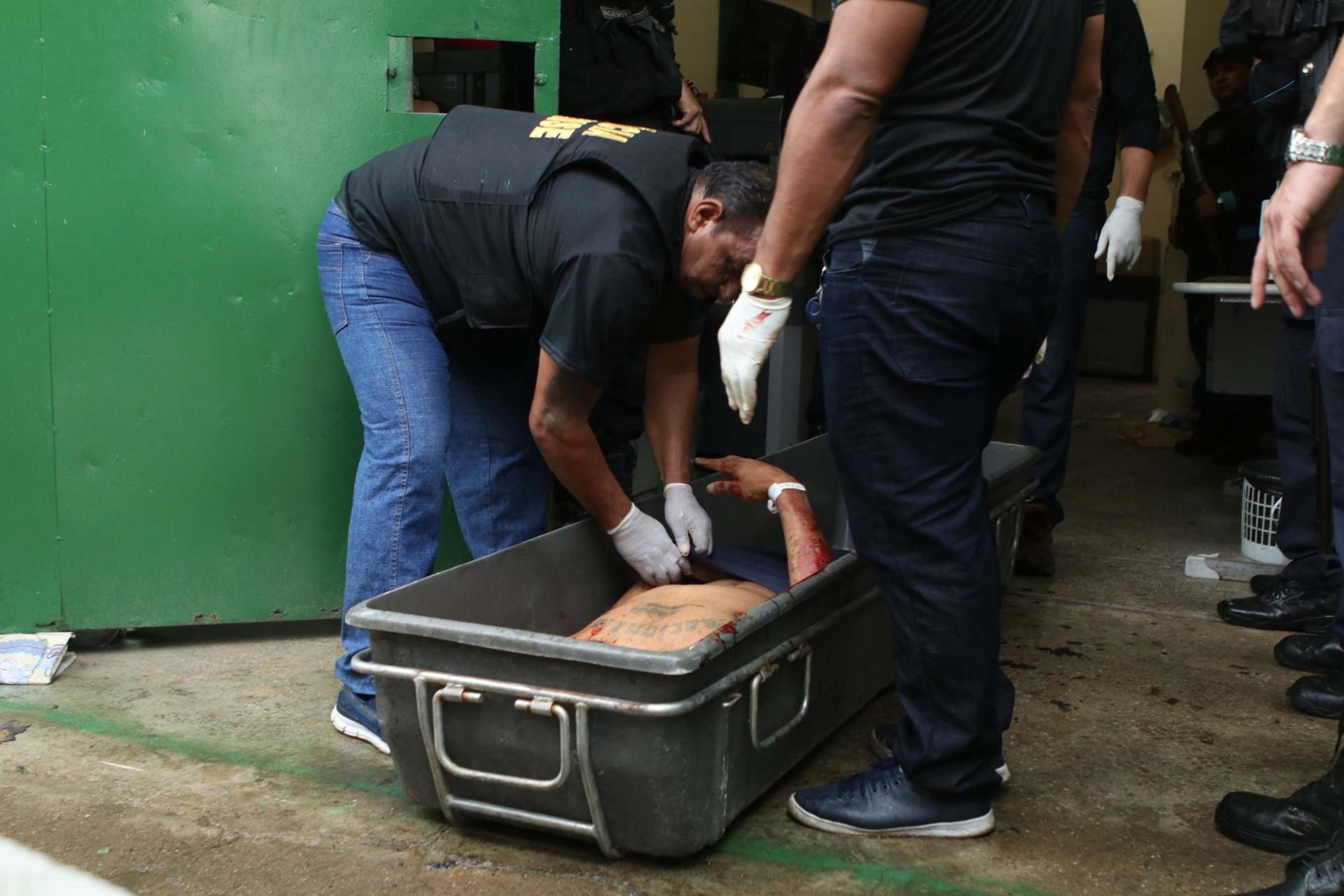 Resultado de imagem para 125 mortos no Ceará por causa do motim dos PM's