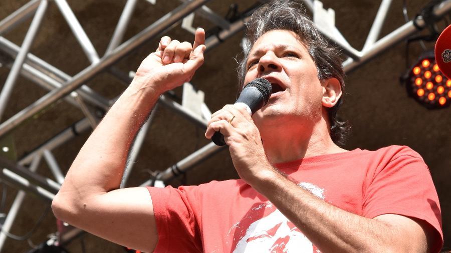 01.mai-2019 - Fernando Haddad participa de ato do dia do trabalhador, no Vale do Anhangabaú, em São Paulo - Roberto Casimiro/Estadão Conteúdo
