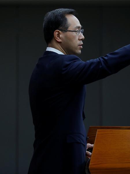 6.abr.2018 - Porta-voz do ministério do Comércio chinês, Gao Feng - Thomas Peter/Reuters