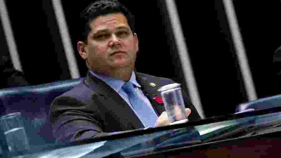 O presidente do Senado, Davi Alcolumbre, durante votação da Previdência em Brasília - ADRIANO MACHADO