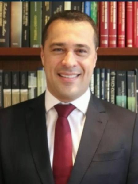Victor Granado Alves, advogado de Flávio Bolsonaro - Reprodução/TV Globo