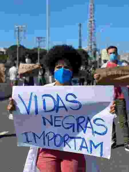 Médicos, enfermeiros e outros profissionais de saúde protestam em São Paulo - Divulgação - Divulgação