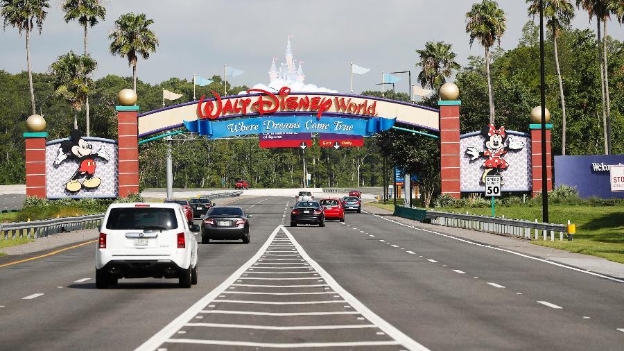 Equipe da Disney foi atingida por surto de covid-19; imagem representativa - Octavio Jones/Getty Images