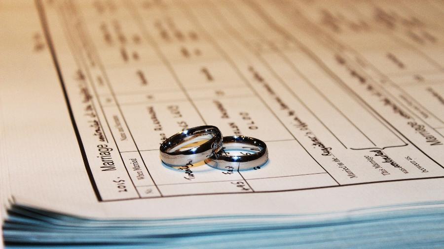 Veja como tirar uma certidão de casamento online - Getty Images/iStockphoto
