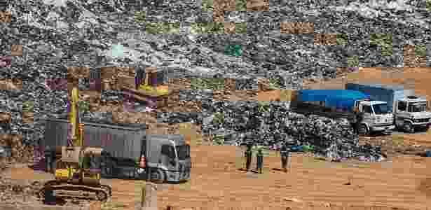 Promulgada em 2010, PNRS definiu metas para manejo do lixo - Danilo Verpa/Folhapress