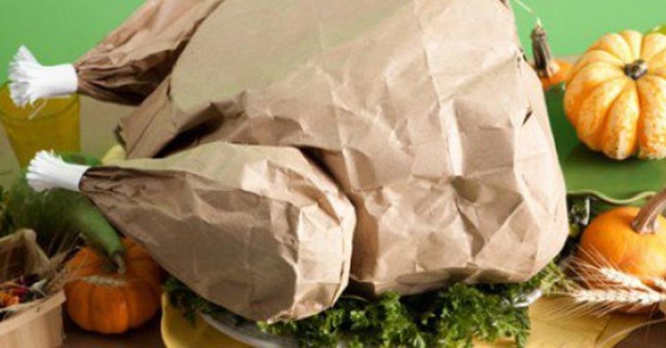 Memes da Operação Carne Fraca: frango de papelão