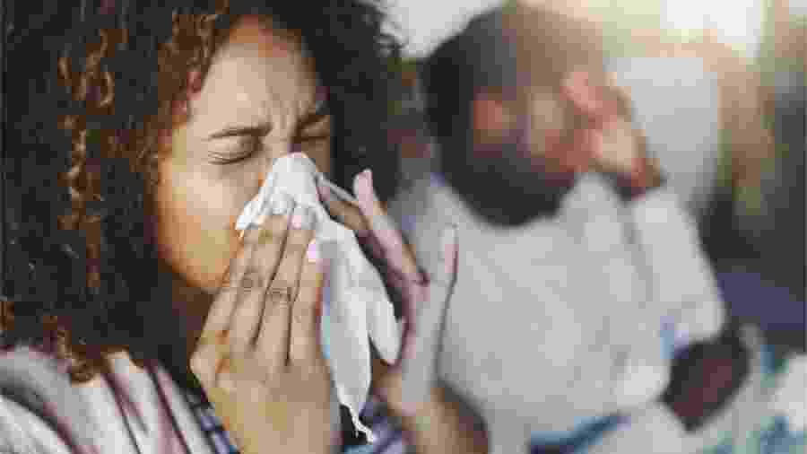 """Em vez de atacar os vírus, cientistas se concentraram em tornar corpo humano """"inóspito"""" a organismos invasores - Getty Images"""